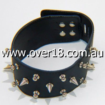 Rocky Studded  Spiked Collar Light