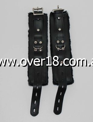 LeatherBeaten Fur Wrist Restraints